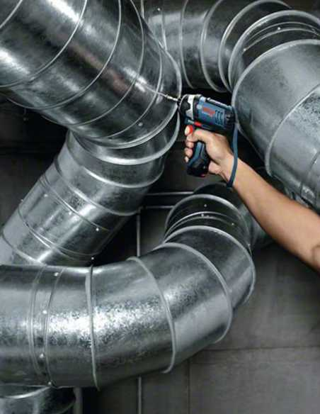 BOSCH GDR 12V-105 Fits in tight spaces